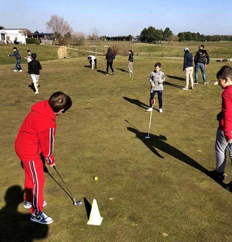 Enfants au golf